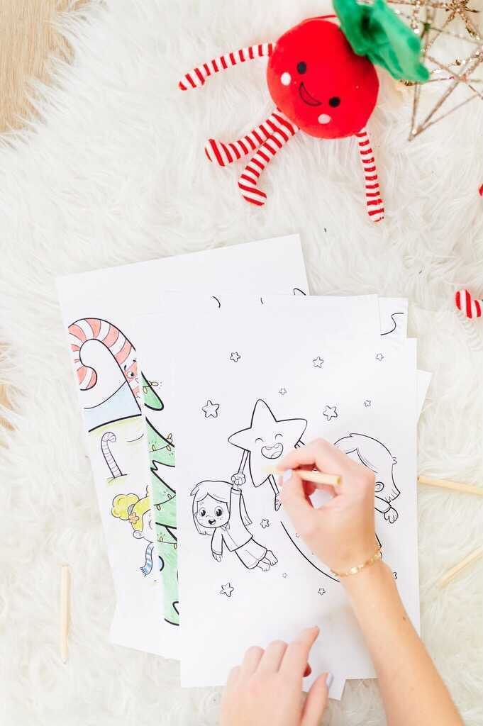 FREE Personalized Coloring Calendar